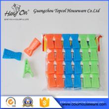 Pequeños clips de plástico la ropa
