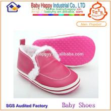 China fabricante Casa suave suela de cuero zapatos de bebé