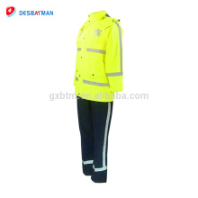 Cheap customized high visibility warming reflective safety raincoat with pockets hi-vis rainsuit