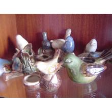 Oiseaux en céramique avec conteneur