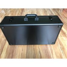 Caja de herramientas de aluminio con inserto de esponja