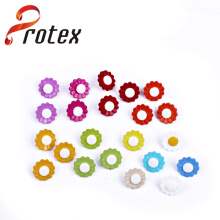 2015 Newest Simple Plastic Shank Buttons for Garments
