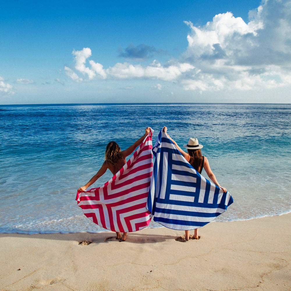 shaped round beach towel