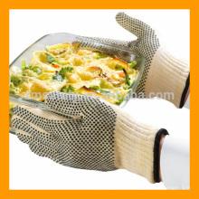 Rutschfestes Design und punktierter feuerbeständiger BBQ-Handschuh