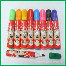 Mini stylo de couleur de l'eau avec différentes couleurs