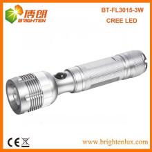 Фабричная поставка Высокомощный алюминиевый регулируемый проблесковый свет факела проблескового света факела кривого 3Watt XPE R2 3With