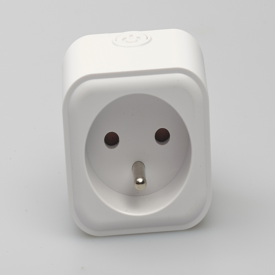 Smart Outlet With Remote Control Function