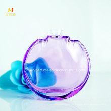 Limpar o frasco de perfume novo o mais atrasado reciclado do projeto