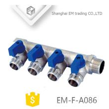 EM-F-A086 Distribuidor de 3 vias de latão cromado para aquecimento de água com válvula para Rússia