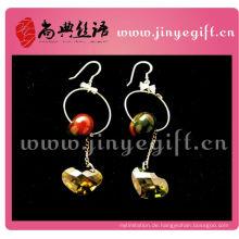 Dunkle Farbe Perlen Herzförmige Kristall Anhänger Druck Ohrring