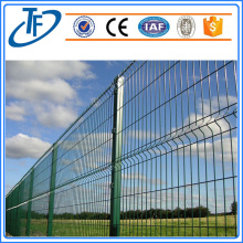 Triangular bending square post garden wire mesh fence