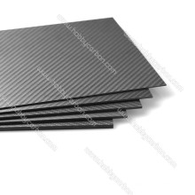 CNC-Schneiden Carbonplatten 2.0 * 400 * 500mm glänzend / Twill Glas Kohlefaserfolie 2mm