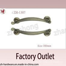 Factory Direct Sale Zinc Alloy Big Pull Archaize Handle (ZH-1307)