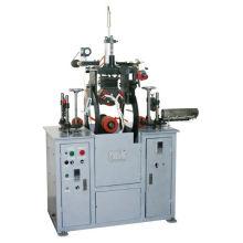 Machine d'estampage à chaud pour panneaux en PVC hors ligne