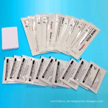 DIK10044-Reinigungskits mit Karten und Tüchern erneut übertragen
