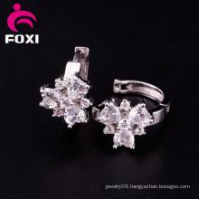 2016 New Design Flower Gemstone Hoop Earrings