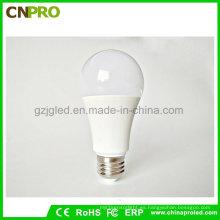 Hecho en China Super brillante LED 9W Bombilla SMD2835 Iluminación