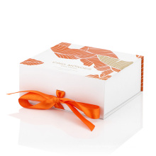 Unique printing design luxury white cardboard packaging gift box with ribbon