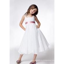 Трапеция с широкими бретелями длиной до колена из тафты с кружевными лентами Платье для девочек-цветочниц