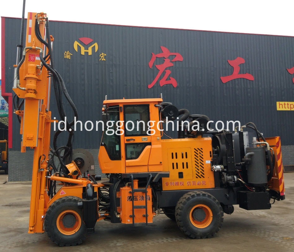 Highway Guardrail Installation Equipment