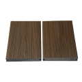 Chine Hotsale Co-extrudé Wpc imperméable Composite Decking
