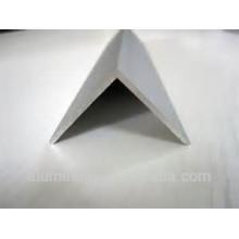 Perfil de alumínio angular