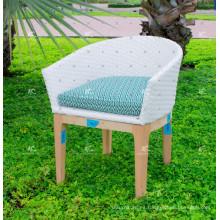 Elegante diseño de resina sintética ratán cena sillas de mimbre muebles