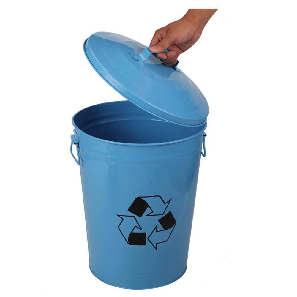 Outdoor Garden Trash Can