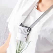 OEM Travel Portable Battery Charging Centrifugal Mist Fan with Water Handheld Desktop China USB Mini Fan