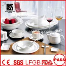 Platos de porcelana de bajo precio de alta calidad duraderos de alta calidad para el restaurante de banquetes