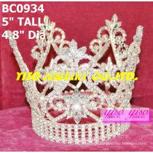Schönheitswettbewerb runde Kronen und Tiaras