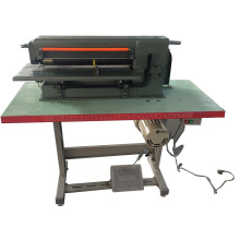 Schreibtisch-Art Fuß-Betrieb Schaum-Blatt-Schlitzmaschine
