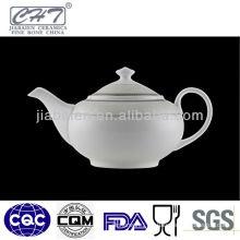 A025 Fine quality white porcelain ceramic water bottle