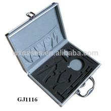 caixa de ferramenta de alumínio forte com espuma personalizado inserir na parte inferior caso