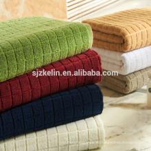Toalla de lujo jacquard de algodón a rayas para el hogar