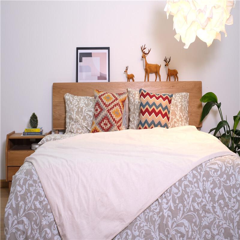 Short Plush Air Conditioning Blankets