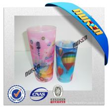 Modifique la taza plástica 3D de la taza del diseño para requisitos particulares