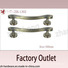 Factory Direct Sale Zinc Alloy Big Pull Archaize Handle (ZH-1302)