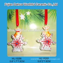 Decoração pendurada do Natal personalizado do polyresin com projeto do macaco