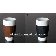 KC-00940 ceramic mug with silicone lid and sleeve