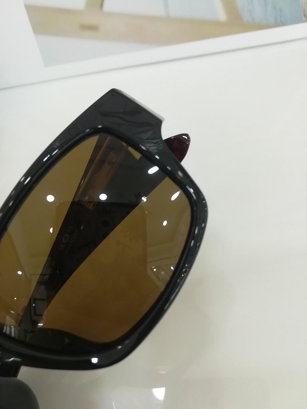 Square Sunglass