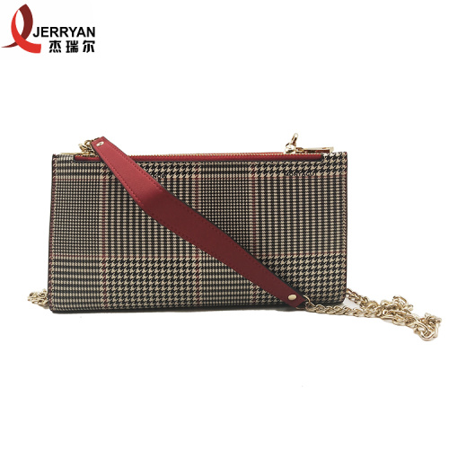 Bolsos clutch con monedero cruzados de cuero de New Look
