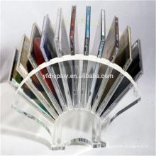 Acryl-CD, die Stand zeigt