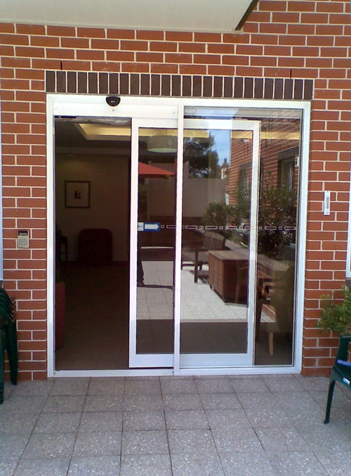 Commercial Full Breakout Telescoping Automatic Sliding Door