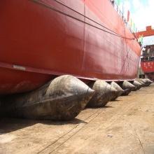 Lançamento e levantamento de Airbag Marítimo