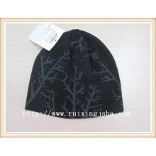 Chapéu do beanie de malha acrílica de meninos
