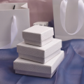 Coffret cadeau ensemble de bijoux à texture blanche