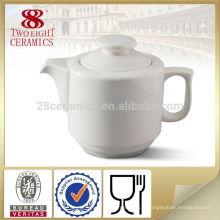 produits font dans la cafetière d'usine de porcelaine, cafetière