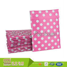 Les enveloppes capitonnées en vrac expédiées en bloc de poly