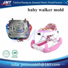 Caminante de bebé de 8 ruedas de plástico con música y muchos juguetes